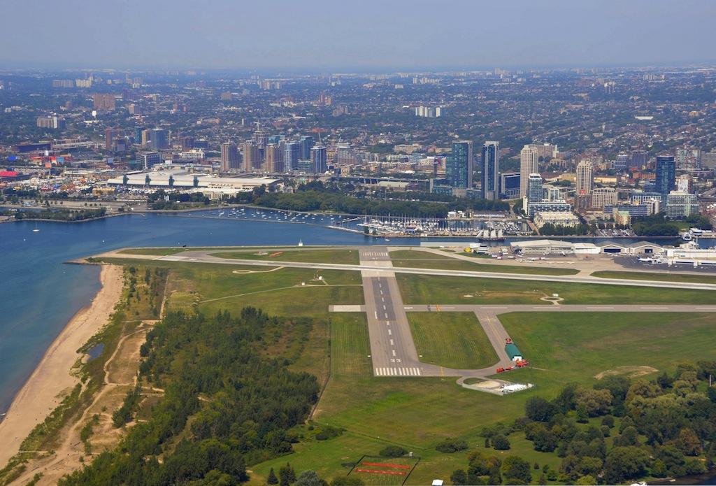 billy-bishop-toronto-city-airport-2 | Air Navigation Data